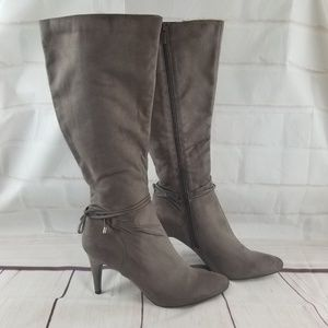 💕💕Covington BRAND NEW Latte Brown High Heel Boot